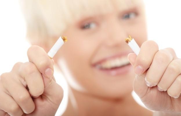 Как да спрем цигарите и да запазим усмивката си?